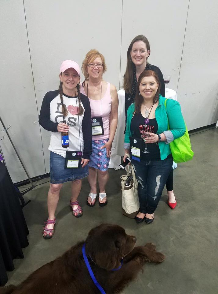 Lovely ladies of BlogPaws